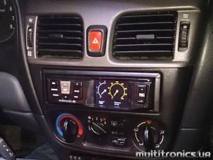 Nissan Almera RC 700_1